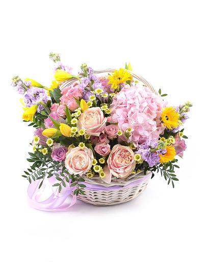 Цветы в корзине Матиньон