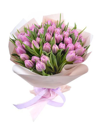 Букет из 51 тюльпана Веритас
